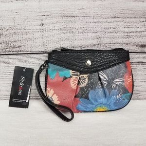 🍕NWT Style & Co Hannah Floral Wristlet Coin Purse